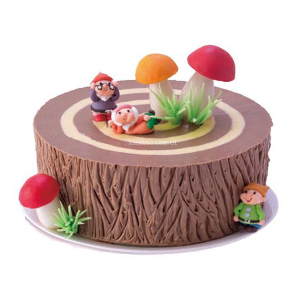 材料:                   6寸蛋糕,巧克力蛋糕,黑樱桃果冻