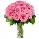 日本18 Pink Roses in a Vase